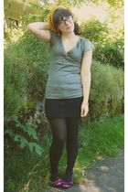 black f21 skirt - black Target tights - purple Old Navy shoes - gray Express top