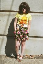 yellow modcloth t-shirt - pink Target skirt - brown Target shoes - silver Target
