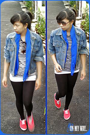 jacket - scarf - t-shirt - glasses - leggings - shoes