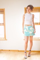 aquamarine floral Topshop skirt - white cropped top