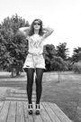 White-vintage-blouse-blue-vintage-shorts-brown-vintage-belt-topshop-shoes