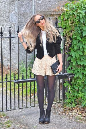 black vintage blazer - beige Topshop shorts - black vintage purse - blue vintage