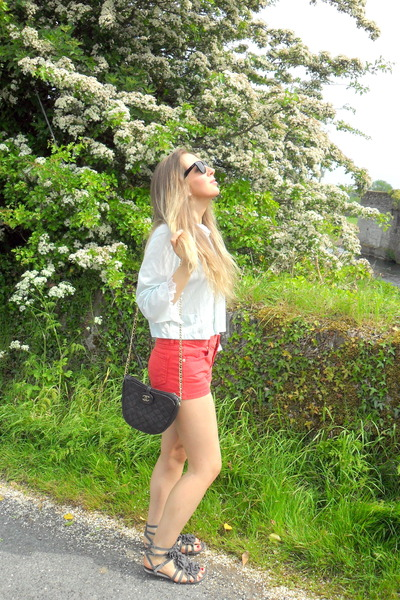 red Topshop shorts - blue vintage blouse - gray Topshop shoes - black Chanel pur