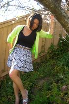 green cardigan - black Forever 21 shirt - Forever 21 skirt - white shoes - brown