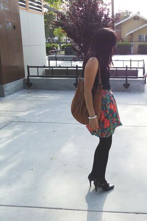 green vintage skirt - black American Apparel stockings - black Forever 21 shirt