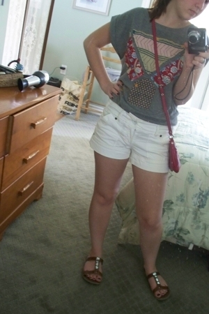 Urban Outfitters shirt - American Eagle shorts - American Eagle shoes - Marc by