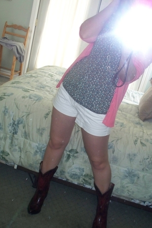 H&M sweater - H&M shirt - American Eagle shorts - vintage boots