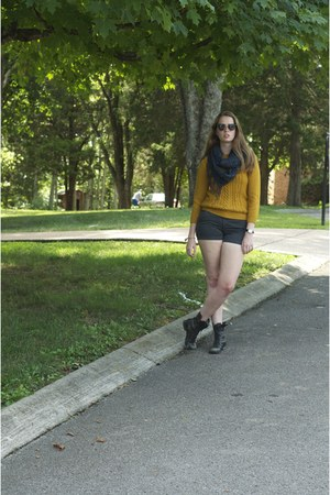 Urban Outfitters watch - Steve Madden boots - Urban Outfitters sweater