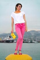 bubble gum New Yorker jeans - yellow Fiorelli bag - white H&M t-shirt