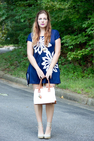 navy mini dress DressLink dress - cream leather unknown bag