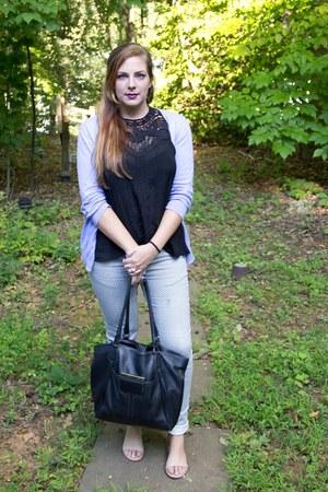 black leather Nine West bag - white patterned cotton on jeans