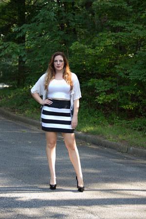 black striped I Heart Aardvarks skirt - cream striped Forever 21 sweater