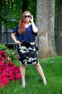 Navy-quilted-thrifted-vintage-purse-black-statement-asos-sunglasses