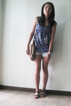 Ethnic print top - Denim Shorts - Patent black sandals - ToyWatch
