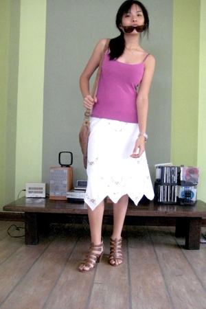 Purple tank top - White peasant skirt - Zara brown shoes - Brown lamb leather ba