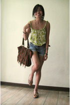 Twisted strap lime green top Gap - Highwaisted shorts Topshop - Antique jewelry