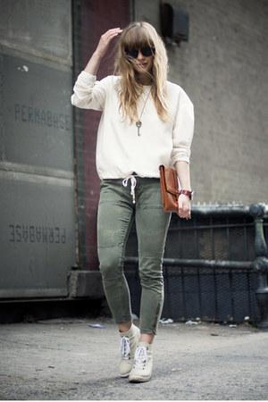 vintage bag - Topshop boots - zeroUV sunglasses - vintage necklace - Zara top