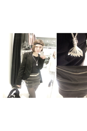 gray BikBok shirt - black Only blazer - white Self Made necklace