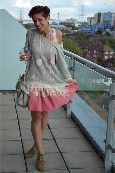salmon Guess skirt - tan Anniel shoes - silver Dixie sweater