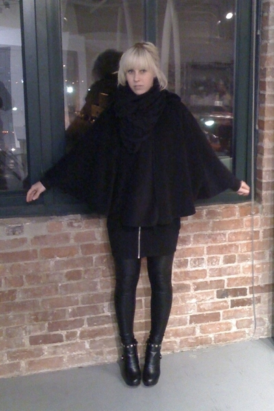 aa scarf - hm dress - aa tights - payless boots
