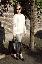ivory Pull & Bear sweater - heather gray H&M jeans - black Zara bag