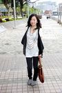 White-forever-21-shirt-black-no-brand-jeans-brown-chinese-laundry-purse-gr