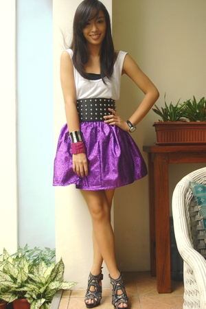 purple Poisonberry skirt - gray bought online shoes - white tank top Zara top