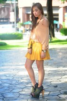 mustard Forever 21 skirt - black DAS shoes