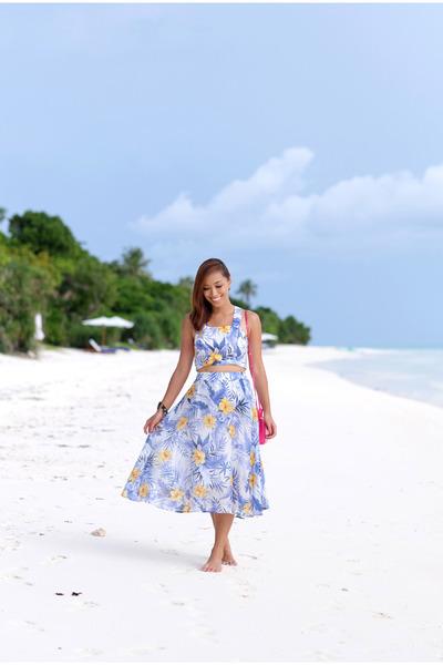 Blue-revolve-clothing-skirt