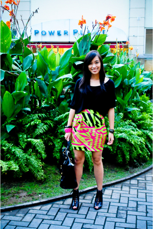 Zara top - Urban Juncture skirt - Forever 21 shoes - random brand accessories -