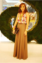 backless Forever 21 top - brown maxi Forever 21 skirt - black clutch accessories