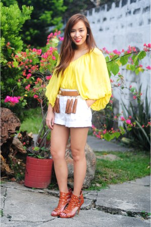 heels bought online shoes - Zara shorts - tassle belt - Tan Gan top