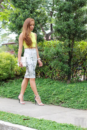 white Zara skirt
