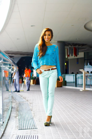 turquoise blue Forever 21 top