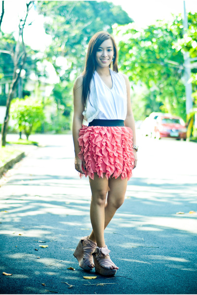 pink wisteria Topshop shoes - pink ruffled Pink Manila skirt - white random bran