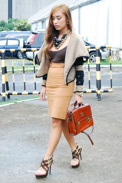 brown heels Pedro shoes - brown Zara skirt
