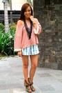 Green-boots-amour-shoes-blue-striped-shorts-pink-oversized-topshop-top-bla