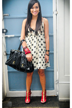 red heels michael antonio shoes - white polka dots bought from a bazaar dress