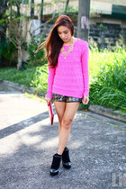 bubble gum Forever 21 sweater