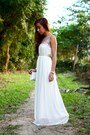 White-maxi-style-staple-dress
