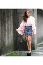 pink WAGW top - black Forever 21 skirt