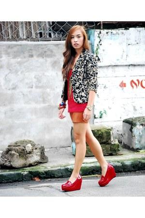 black printed vintage blazer - red Primadonna shoes - red tanktop Topshop top