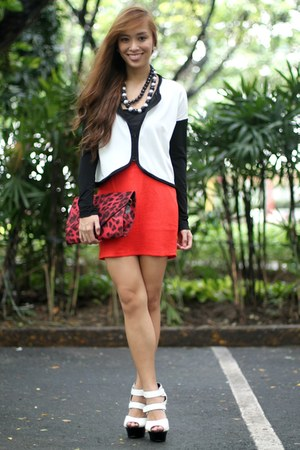 red SM GTW skirt