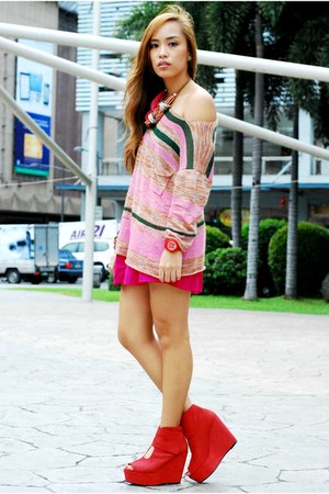 red hong kong brand shoes - pink Forever 21 sweater - pink skirt