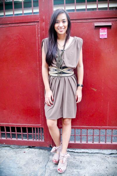 brown dress - black Glitterati belt - pink Topshop shoes