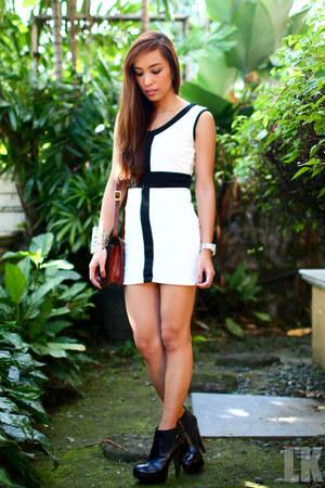 black boots Topshop shoes - white Hot & Scandalous dress