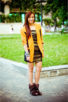 orange vintage blazer - brown boots given as a gift shoes