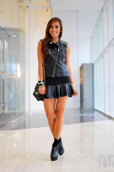 black Forever 21 vest