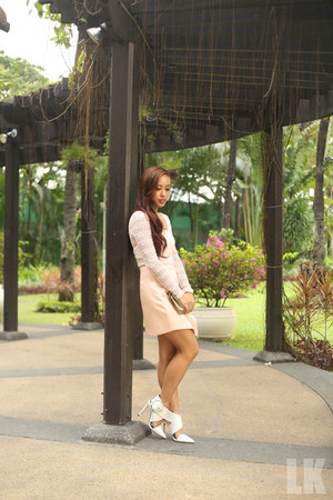 white Zara heels