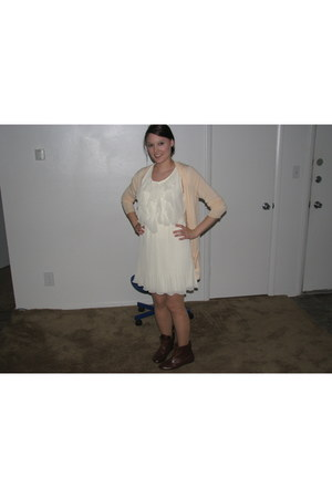 burnt orange Rue 21 boots - cream Moss dress - peach Gap cardigan